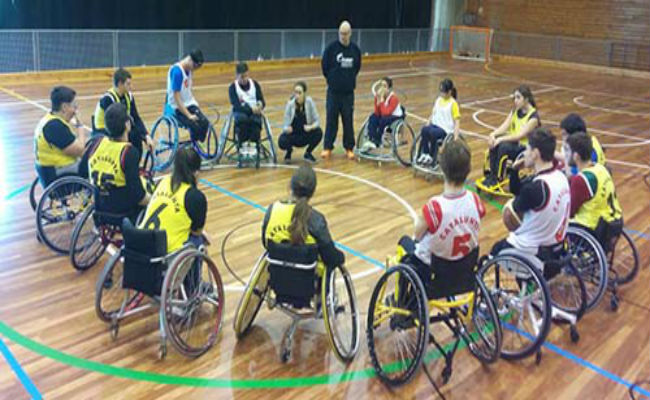 Concentració de la preselecció catalana de bàsquet escolar en cadira de rodes