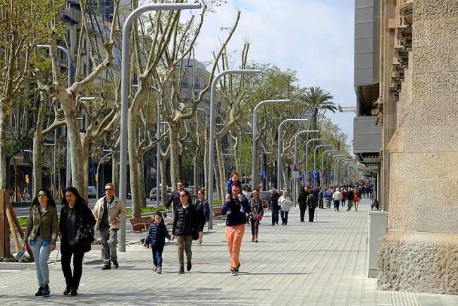 La nova normativa de terrasses farà més accessible l'avinguda Diagonal de Barcelona