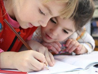 donacions crowfunding infants casa estiu esquitx