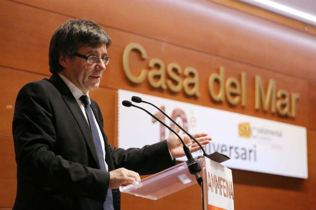 Puigdemont presideix l'acte del 10è aniversari d'AMMFEINA Salut Mental Catalunya