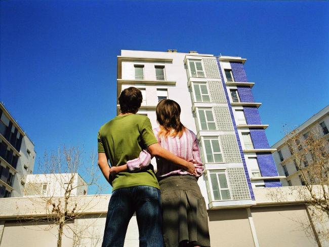 Només un 0,6% dels edificis d'habitatges a Catalunya compleixen els criteris d'accessibilitat universal
