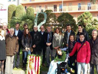 ofrena-floral-monument-superacio-diputacio-barcelona