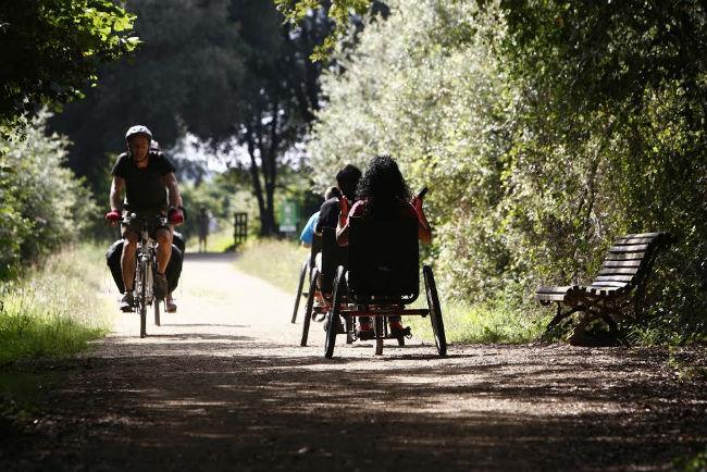 Només 3 de cada 10 persones amb discapacitat ha disposat de recursos econòmics per anar de vacances