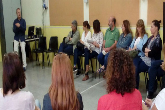 SMC dóna formació a professionals per millorar en l'atenció directe al públic en salut mental