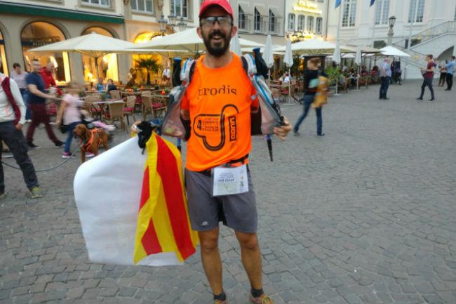 oriol antolí voluntari prodis cursa solidària monarchs way