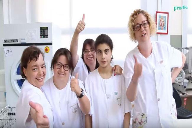 """El nou vídeoclip de Prodis """"Échanos la culpa"""" per desitjar un bon estiu es fa viral en menys de 48 hores"""