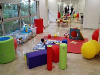barcelona centre atenció infants desenvolupament nou barris