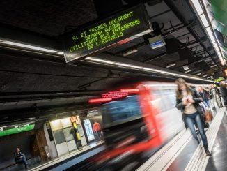 protesta mobilitat reduïda ascensors metro