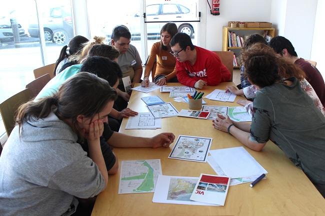 Usuaris de Sant Tomàs participen a un projecte d'integració social per  col·lectius vulnerables de l'ACVic