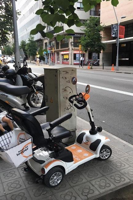 L'oferta dels vehicles elèctrics d'ús compartit per a les persones amb mobilitat reduïda arriba a Barcelona