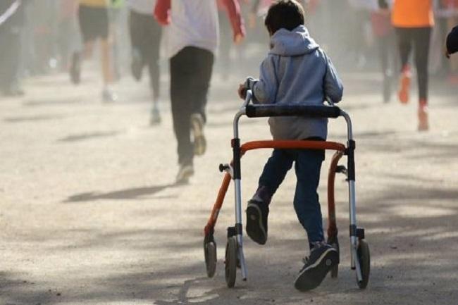 Formació a Barcelona per aprendre a impartir sessions inclusives per a joves i infants amb discapacitat