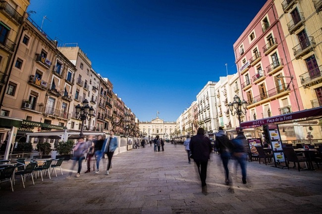 L'Ajuntament de Tarragona permet que els infants amb TEA surtin al carrer durant els dies de confinament