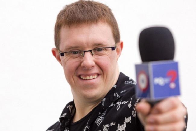 eloi colell presentador tv2 síndrome down